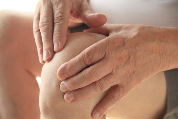 اعراض خشونة الركبة