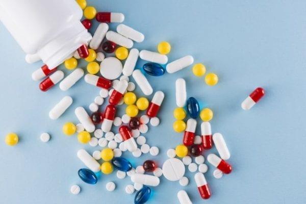 ديكلوفيناك دواء مسكن ومضاد للالتهاب