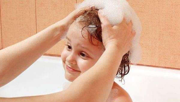 افضل شامبو للقشرة وتساقط الشعر للأطفال